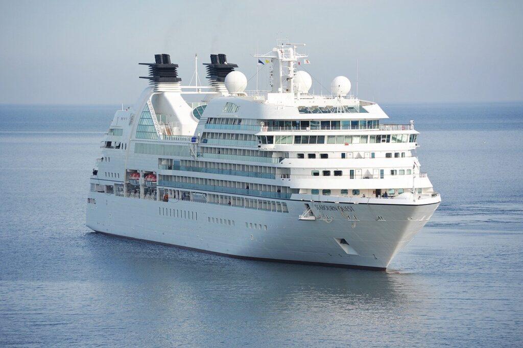 Cruise ship experience shows more symptomless SARS-COV-2